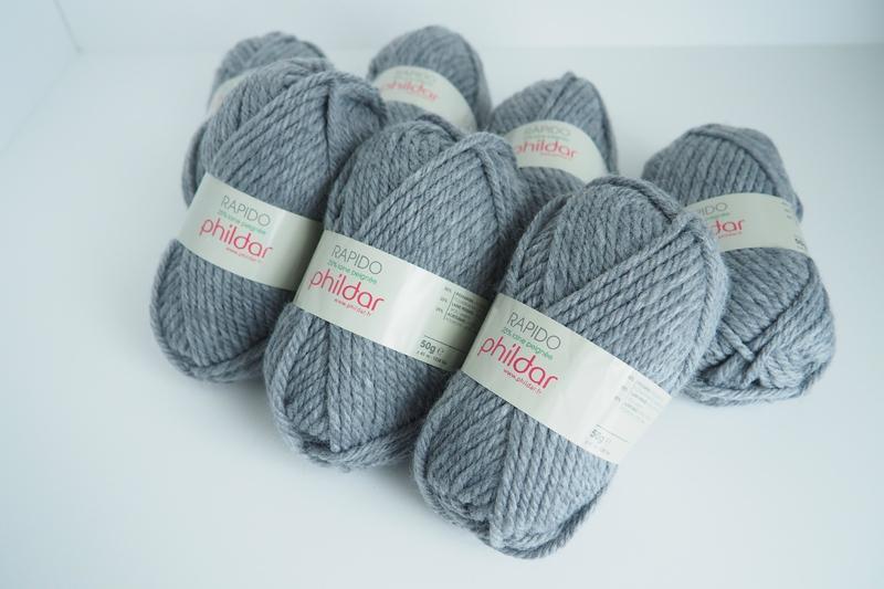 Tricoter avec des aiguilles plus petites que la laine