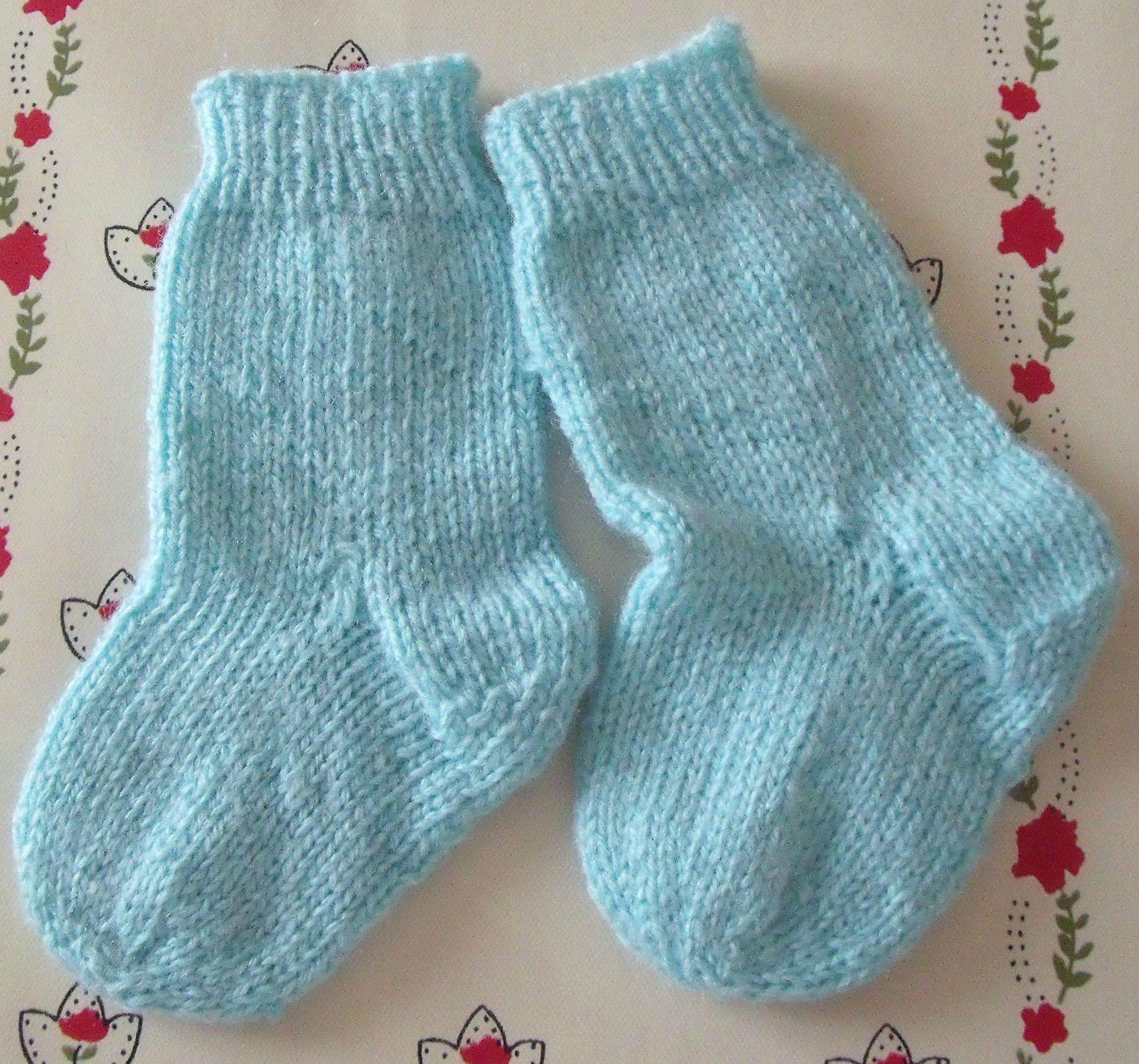 Tricot chaussette bebe 4 aiguilles