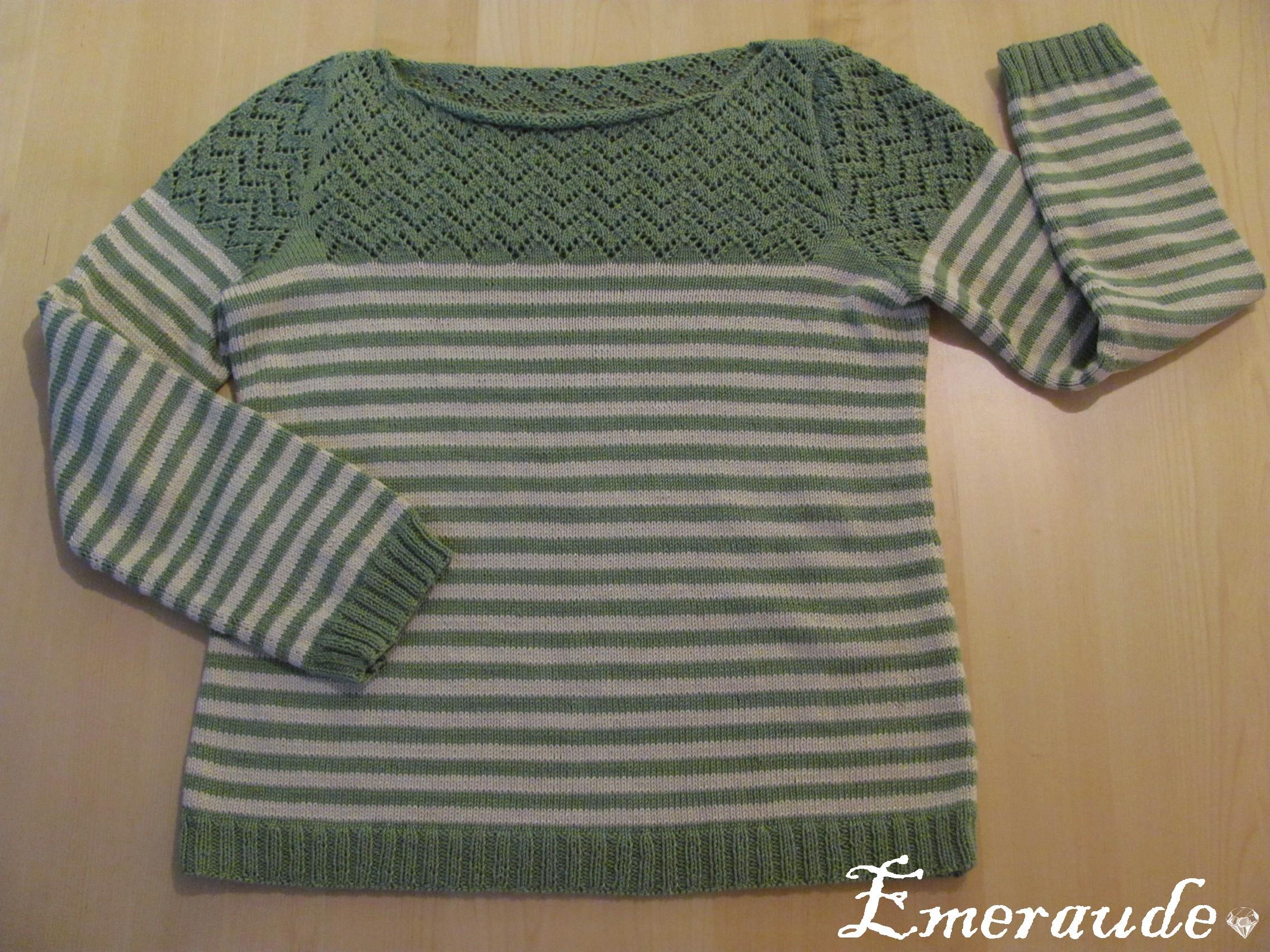 Tricot pull rayé bébé