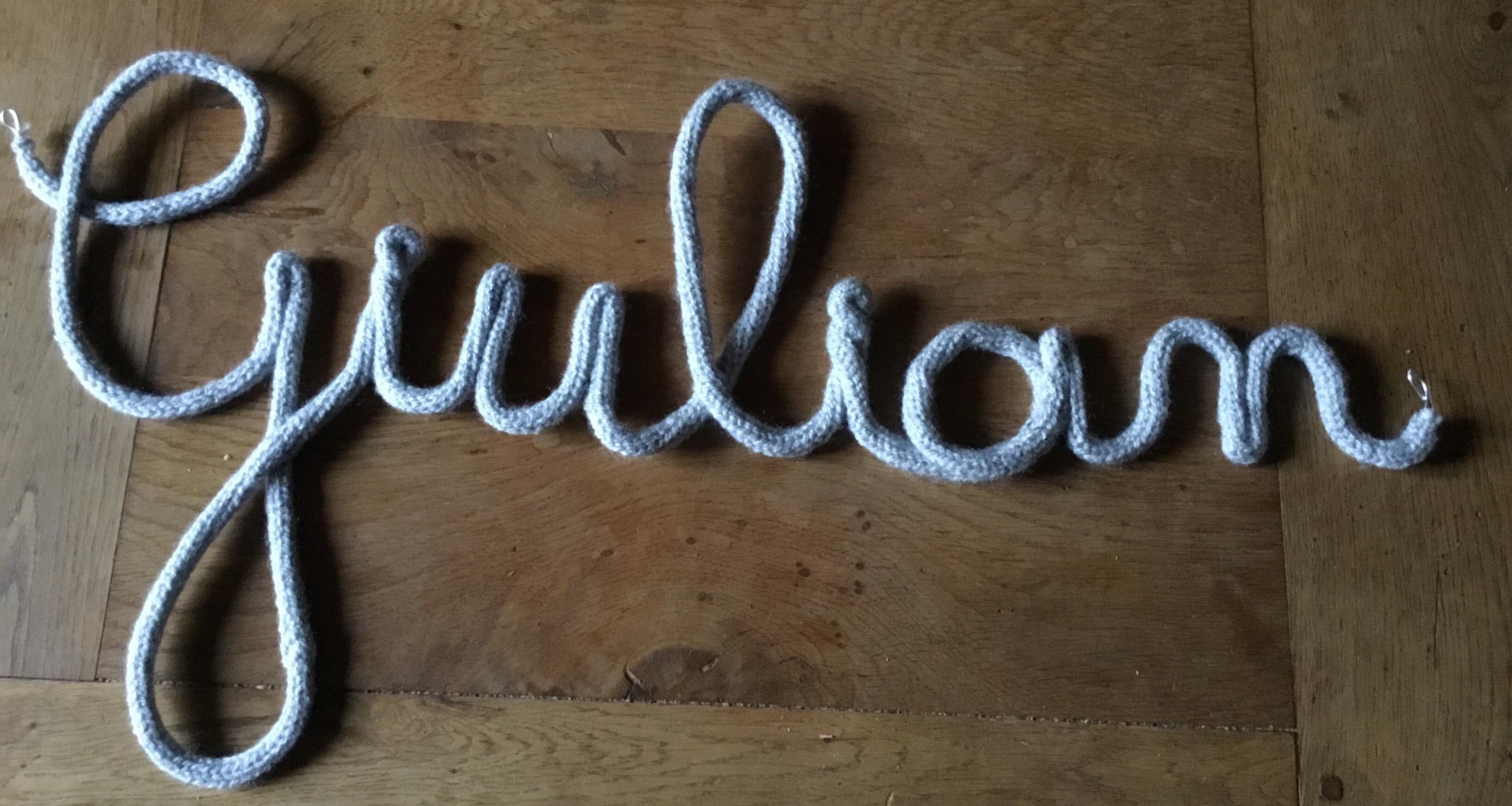 Prenom tricotin fil aluminium