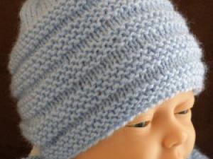 Tricot bébé bonnet naissance